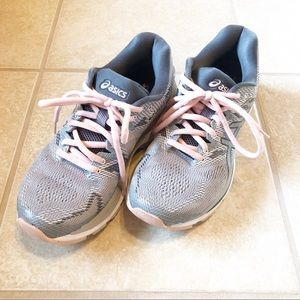 ASICS GEL-Nimbus 20 Running Shoes, Size 7